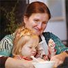 Счастливая женщина: четверо своих детей, восемь приемных