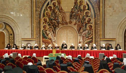 Чем выборы папы римского отличаются от выборов православных патриархов?