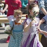 """""""Белый цветок"""": праздник милосердия на самой красивой улице Москвы"""