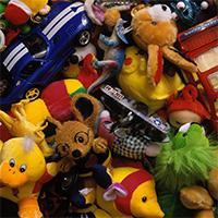 Игрушки, от которых детей надо защищать