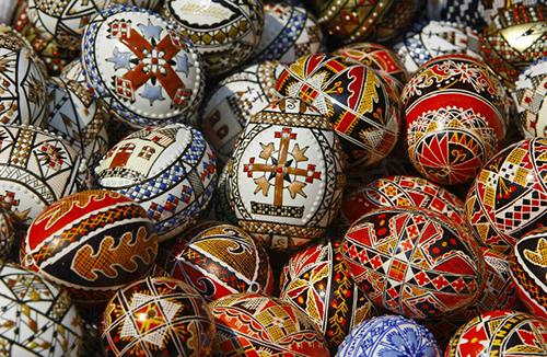 Почему православные и католики празднуют Пасху в разные дни