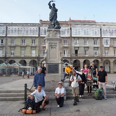 Путь апостола Иакова: русские паломники прошли 80 км пешком под испанским солнцем