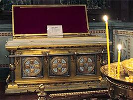 Где в Москве поклониться мощам святителя Иоанна Златоуста?